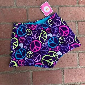 Peace Sign and Hearts Shorts Elastic Waistband